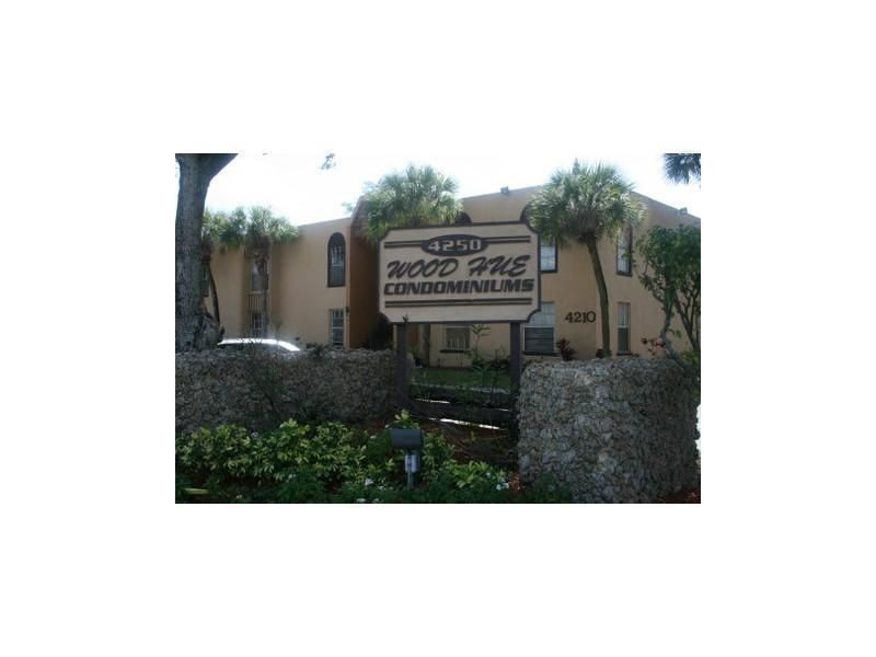Co-op / Condo for Rent at 4221 NW 19th Street 4221 NW 19th Street Lauderhill, Florida 33313 United States