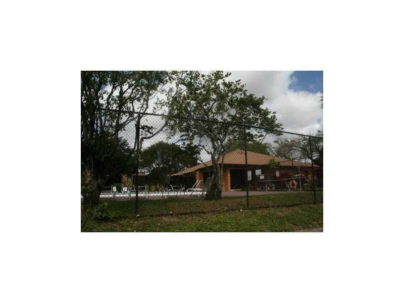 Additional photo for property listing at 4221 NW 19th Street 4221 NW 19th Street Lauderhill, Florida 33313 United States