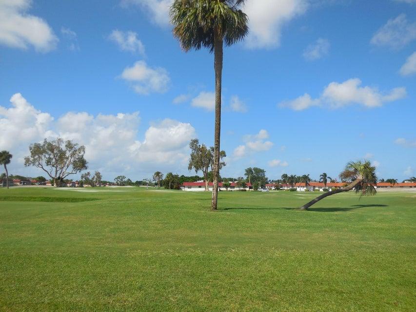Cooperativa / condomínio para Venda às 266 Tuscany E 266 Tuscany E Delray Beach, Florida 33446 Estados Unidos