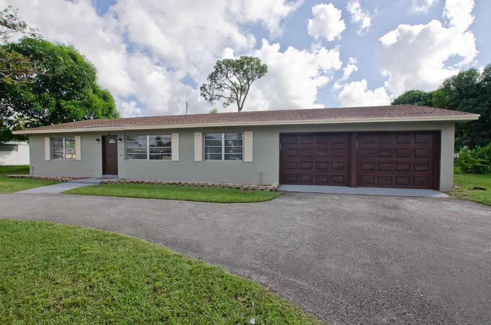 31 W Palmetto Road , Lake Worth FL 33467 is listed for sale as MLS Listing RX-10373915 21 photos
