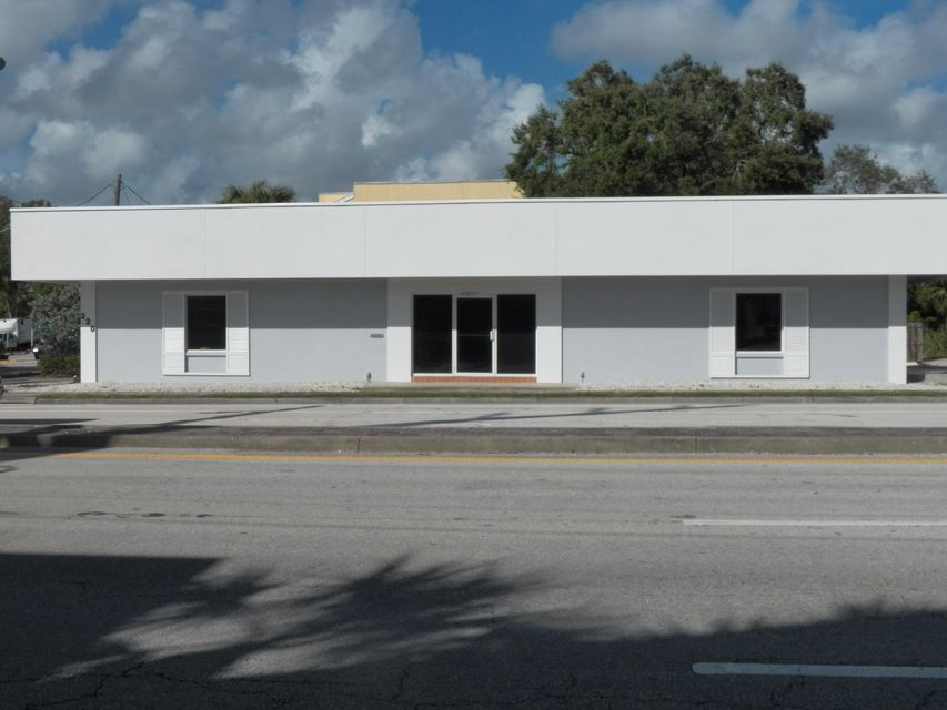Offices for Sale at 320 SW Federal Highway 320 SW Federal Highway Stuart, Florida 34994 United States