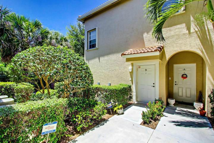 Additional photo for property listing at 152 Village Boulevard 152 Village Boulevard Tequesta, Florida 33469 Estados Unidos