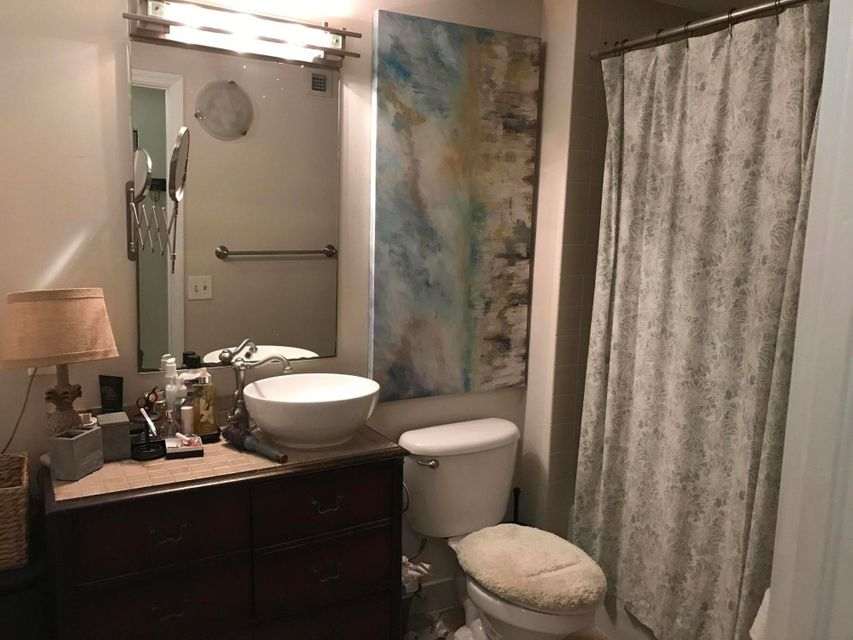 Additional photo for property listing at 101 N Clematis Street 101 N Clematis Street West Palm Beach, Florida 33401 Estados Unidos