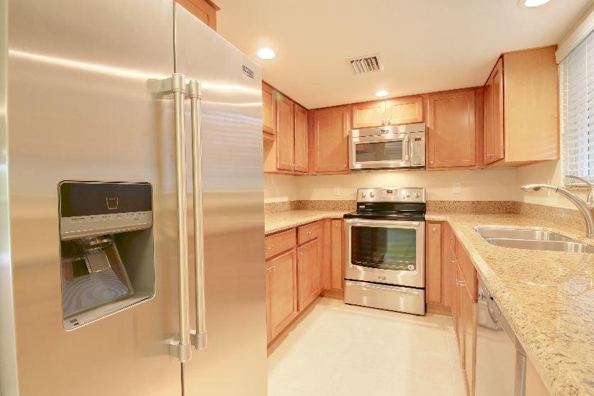 Co-op / Condominio por un Alquiler en 279 Deer Creek Boulevard 279 Deer Creek Boulevard Deerfield Beach, Florida 33442 Estados Unidos
