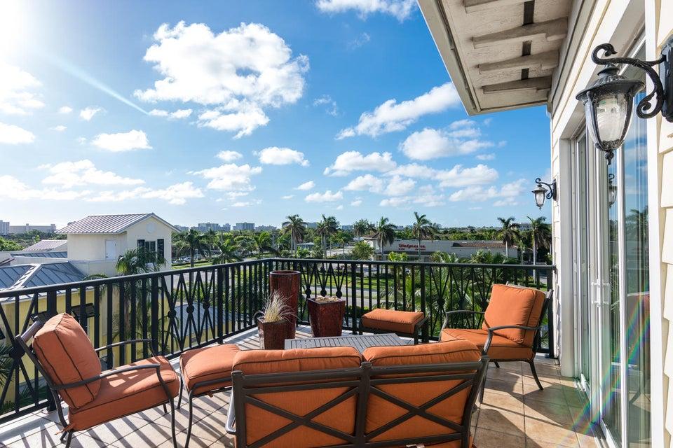 Cooperativa / condomínio para Venda às 3120 E Latitude Circle 3120 E Latitude Circle Delray Beach, Florida 33483 Estados Unidos