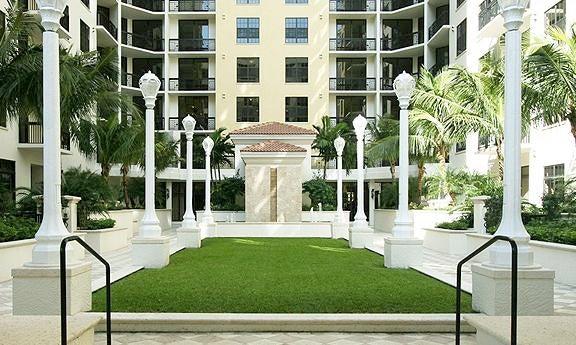Photo of  West Palm Beach, FL 33401 MLS RX-10374114