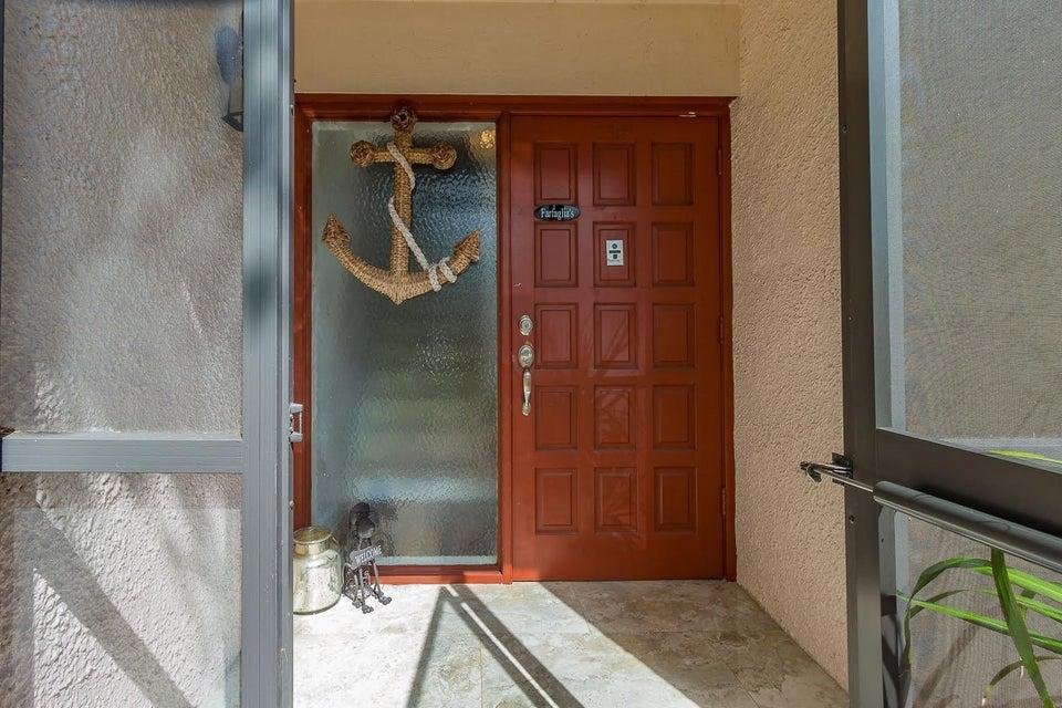 联栋屋 为 销售 在 4480 Fountains Drive 4480 Fountains Drive Lake Worth, 佛罗里达州 33467 美国