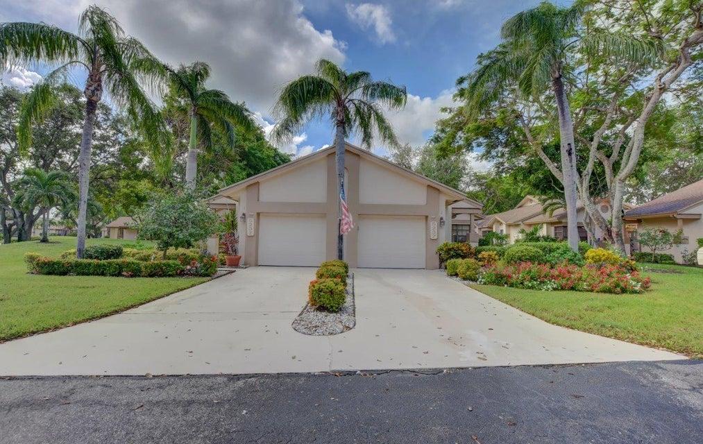 Villa für Verkauf beim 5237 Fairway Woods Drive 5237 Fairway Woods Drive Delray Beach, Florida 33484 Vereinigte Staaten