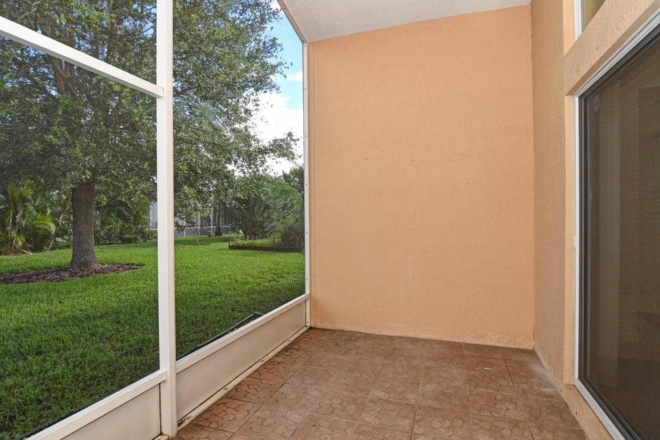 2865 Sw Marquis Terrace