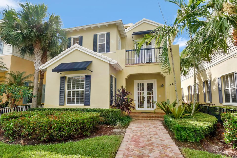 Single Family Home for Sale at 220 W Bay Cedar Circle 220 W Bay Cedar Circle Jupiter, Florida 33458 United States