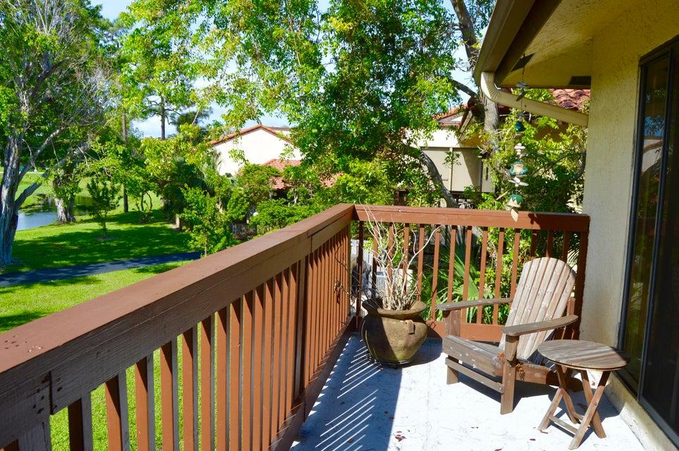 5804 Fox Hollow Drive E  Boca Raton FL 33486