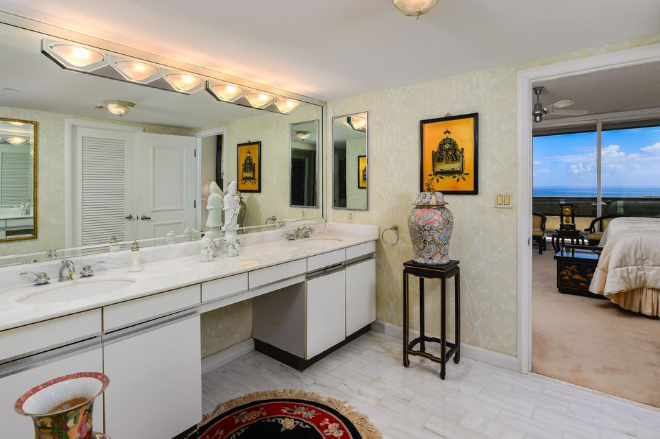 LAKE POINT TOWER NORTH PALM BEACH REAL ESTATE