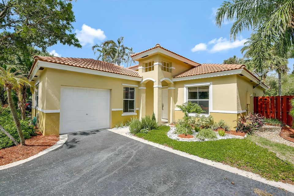 Home for sale in Cocopalms Coconut Creek Florida