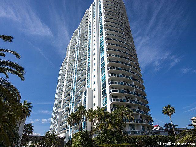 合作社 / 公寓 为 出租 在 1945 S Ocean Drive 1945 S Ocean Drive 哈兰代尔海滩, 佛罗里达州 33009 美国
