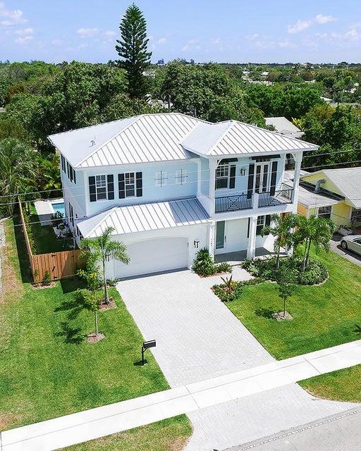 Single Family Home for Sale at 1107 NE Second Avenue 1107 NE Second Avenue Delray Beach, Florida 33444 United States