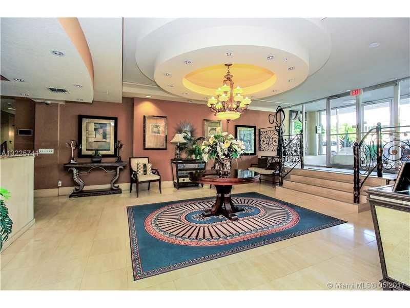 Additional photo for property listing at 1000 Spanish River Road 1000 Spanish River Road Boca Raton, Florida 33432 United States