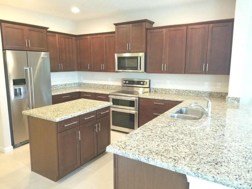 Additional photo for property listing at 4743 Foxtail Palm Court 4743 Foxtail Palm Court Lake Worth, Florida 33463 United States