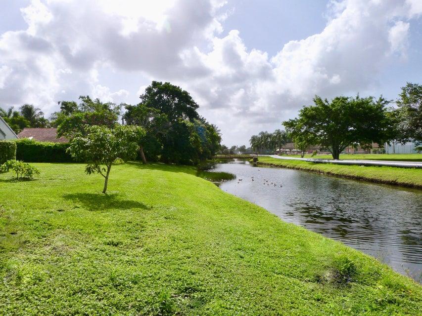 4917 Broadstone Circle West Palm Beach, FL 33417 photo 11