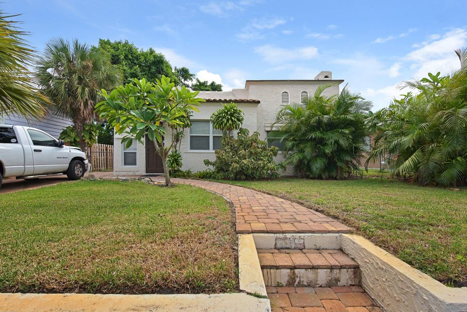 830 Valley Forge Road  West Palm Beach, FL 33405