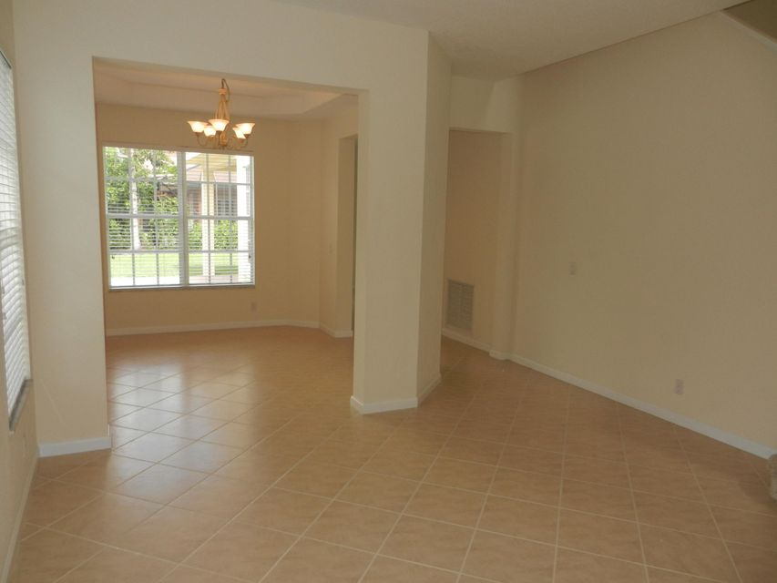 Additional photo for property listing at 105 Via Catalunha 105 Via Catalunha Jupiter, Florida 33458 Vereinigte Staaten