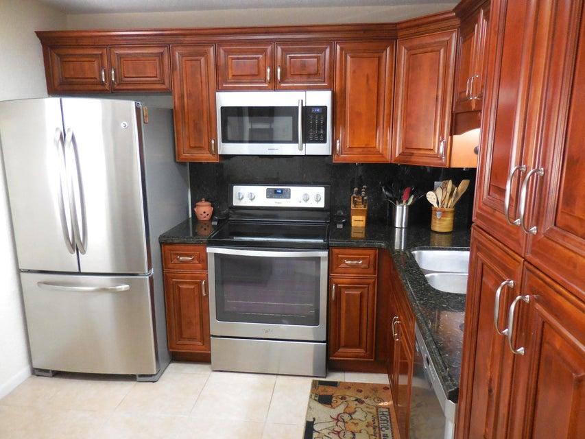Konsum / Eigentumswohnung für Verkauf beim 2717 Florida Boulevard 2717 Florida Boulevard Delray Beach, Florida 33483 Vereinigte Staaten