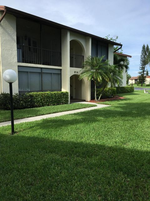 Co-op / Condo for Rent at 4996 Sable Pine Circle 4996 Sable Pine Circle West Palm Beach, Florida 33417 United States