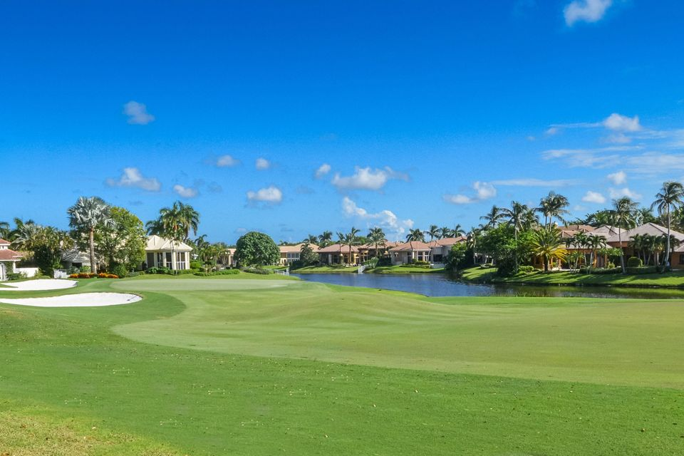 ST ANDREWS COUNTRY CLUB PROPERTY