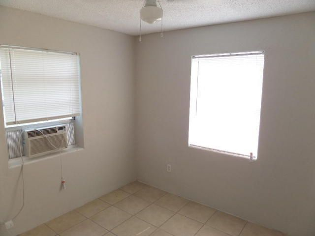 Additional photo for property listing at 342 NW 5th Avenue 342 NW 5th Avenue Delray Beach, Florida 33444 Estados Unidos
