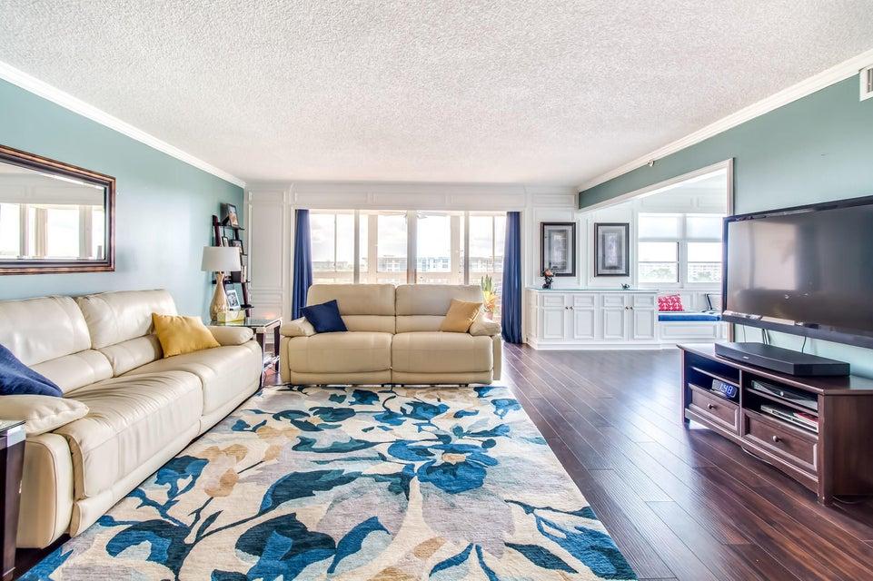 Home for sale in PALM-AIRE C C APTS 52 CONDO Pompano Beach Florida
