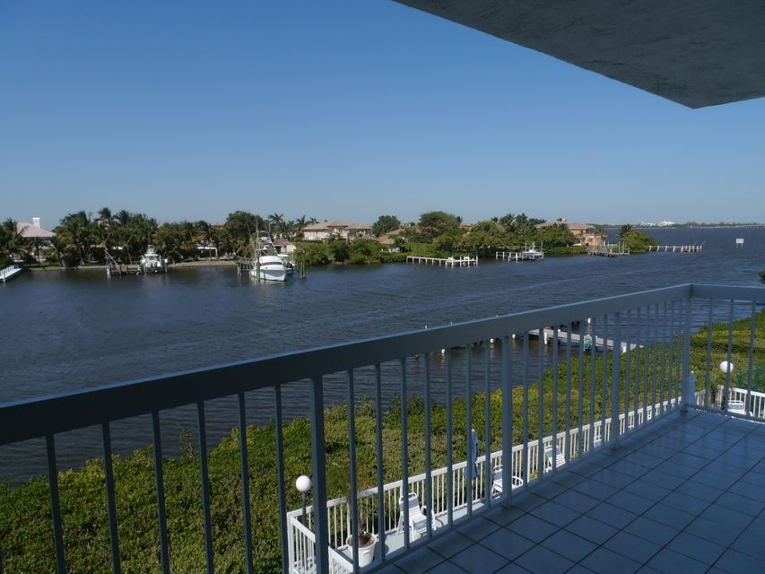 Additional photo for property listing at 3501 S Ocean Boulevard 3501 S Ocean Boulevard South Palm Beach, Florida 33480 États-Unis