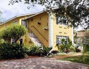 Triplex for Sale at 1214 Lake Avenue 1214 Lake Avenue West Palm Beach, Florida 33401 United States