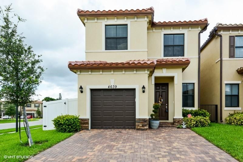 4639 Nw 58th Street