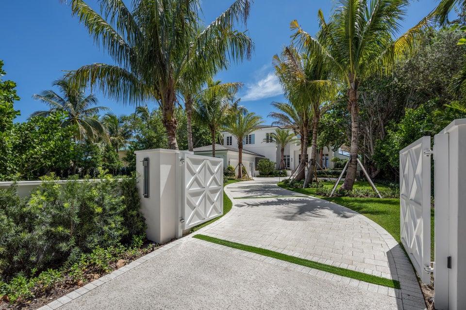 独户住宅 为 销售 在 3501 N Ocean Boulevard 3501 N Ocean Boulevard Gulf Stream, 佛罗里达州 33483 美国