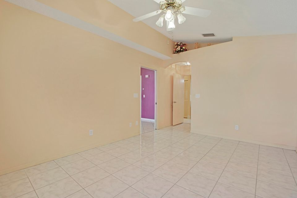 7099 Burgess Drive Lake Worth, FL 33467 photo 7