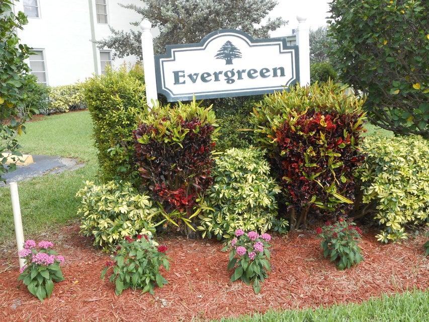 Coopérative / Condo pour l à louer à 7527 S Oriole Boulevard 7527 S Oriole Boulevard Delray Beach, Florida 33446 États-Unis