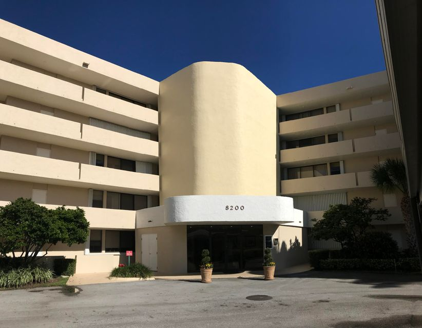 8200 Lakeshore Drive, 4060 - Hypoluxo, Florida