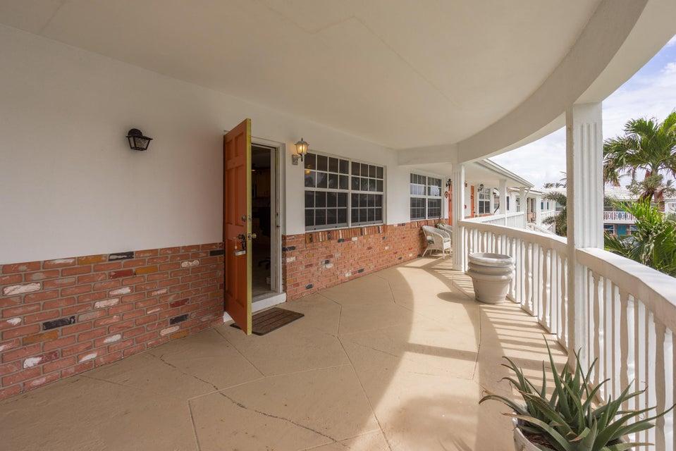 Konsum / Eigentumswohnung für Mieten beim 5505 N Ocean Boulevard 5505 N Ocean Boulevard Ocean Ridge, Florida 33435 Vereinigte Staaten