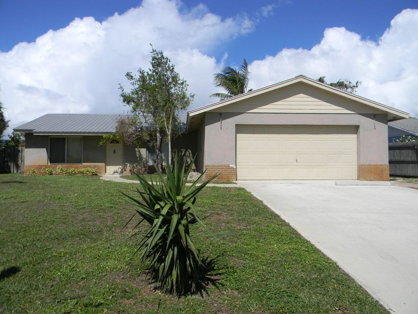 Single Family Home for Sale at 7715 SE Crossrip Street 7715 SE Crossrip Street Hobe Sound, Florida 33455 United States