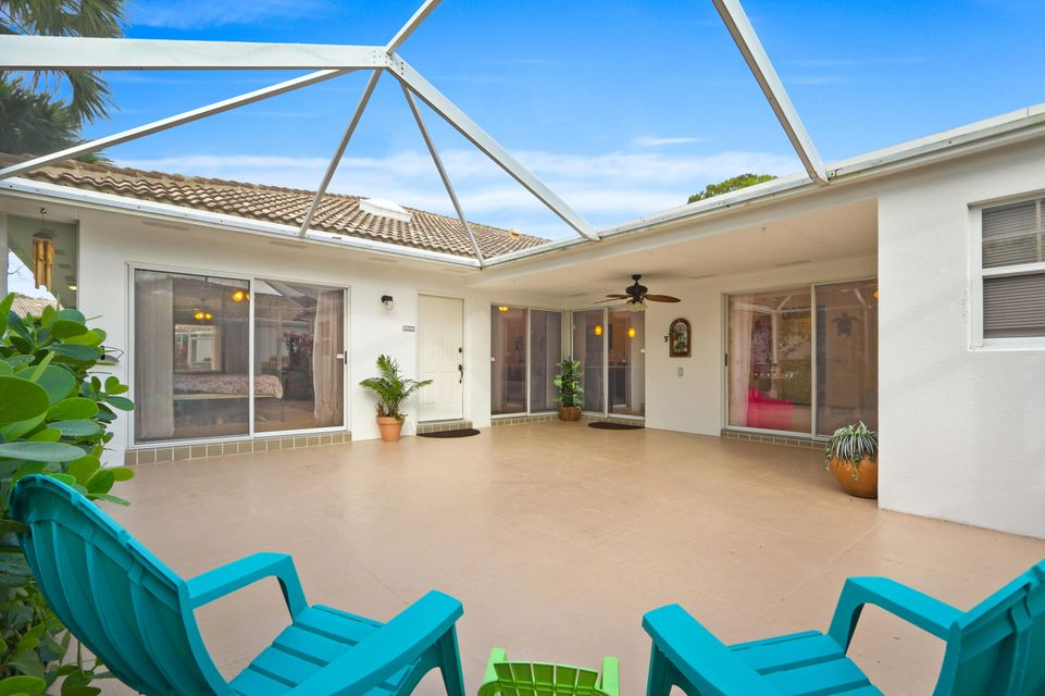 4803 Water Oak Court , Palm Beach Gardens FL 33410 is listed for sale as MLS Listing RX-10374843 29 photos