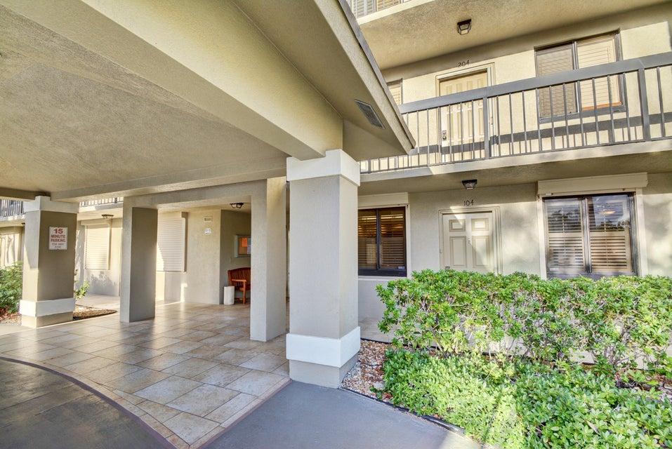 Condominium for Sale at 401 S Seas Drive # 104 401 S Seas Drive # 104 Jupiter, Florida 33477 United States
