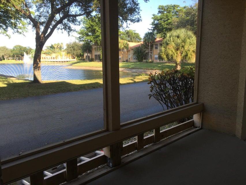 Additional photo for property listing at 4863 Via Palm Lakes 4863 Via Palm Lakes West Palm Beach, Florida 33417 Estados Unidos