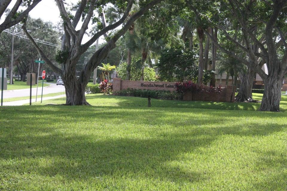 5644 56th Way West Palm Beach, FL 33409 photo 13
