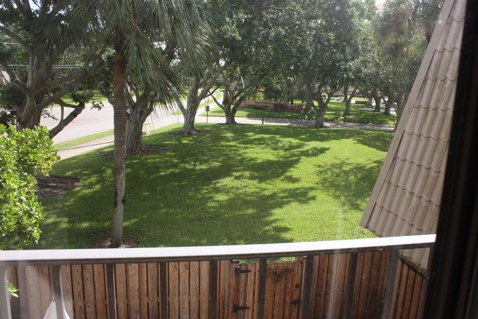 5644 56th Way West Palm Beach, FL 33409 photo 10