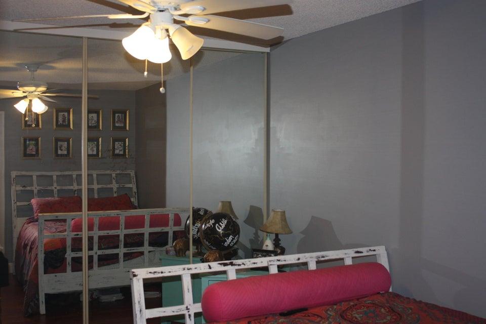 5644 56th Way West Palm Beach, FL 33409 photo 11