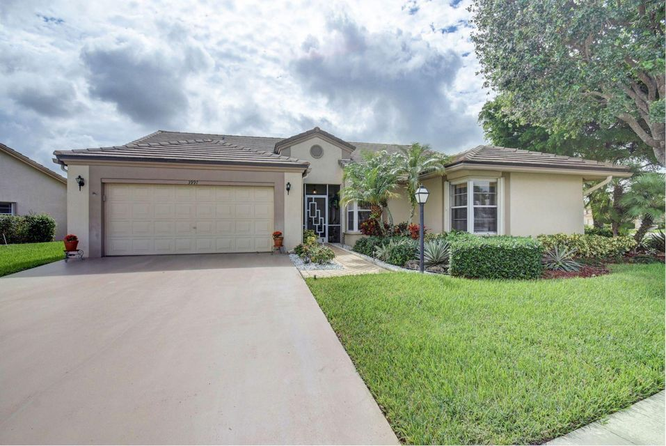 Single Family Home for Sale at 3997 Summer Chase Court 3997 Summer Chase Court Lake Worth, Florida 33467 United States
