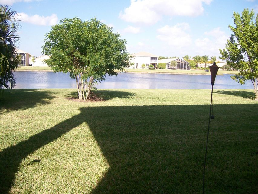 Additional photo for property listing at 8307 Genova Way 8307 Genova Way Lake Worth, Florida 33467 États-Unis