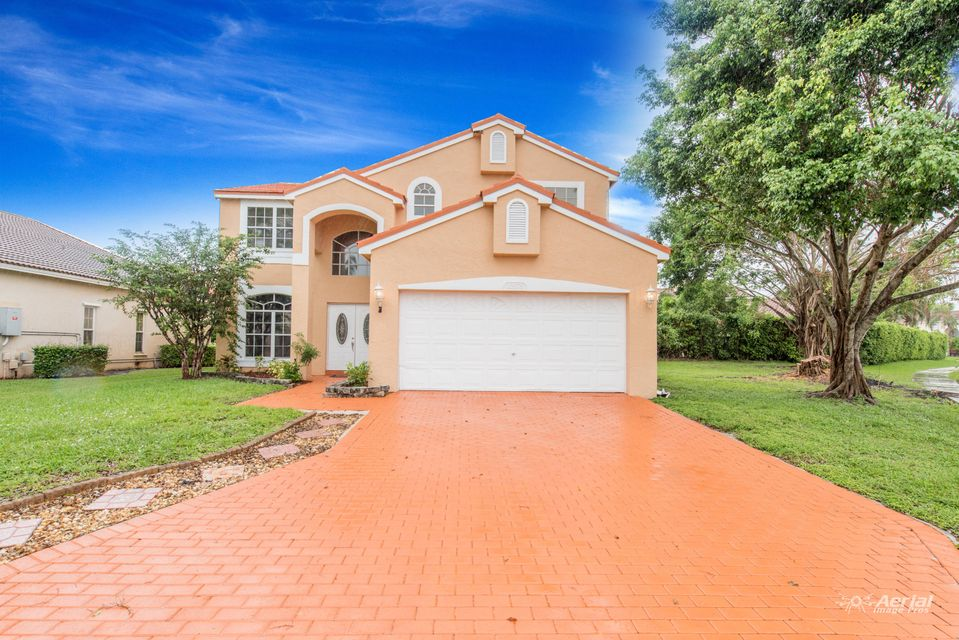 10575 Crystal Cove Lane  Boca Raton FL 33498