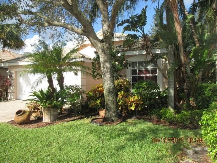 Bellaggio home 6352 Via Primo Lake Worth FL 33467