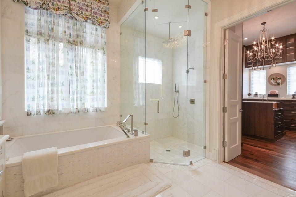 Additional photo for property listing at 7098 Ayrshire Lane 7098 Ayrshire Lane Boca Raton, Florida 33496 United States