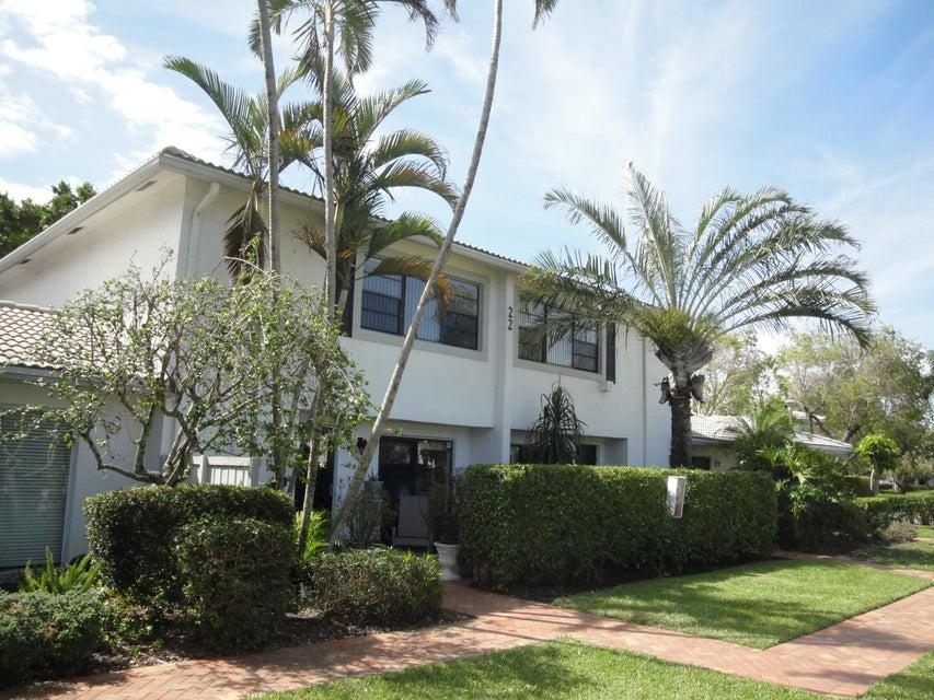 Townhouse for Sale at 22 Stratford Drive # B 22 Stratford Drive # B Boynton Beach, Florida 33436 United States